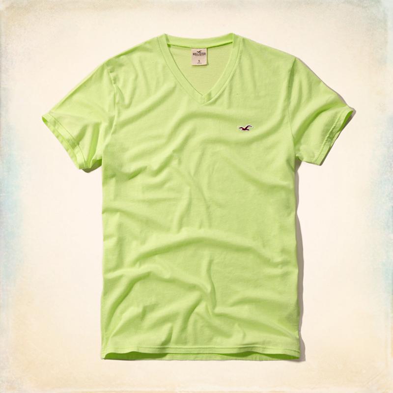 Цвет: Яркий зеленый v шеи