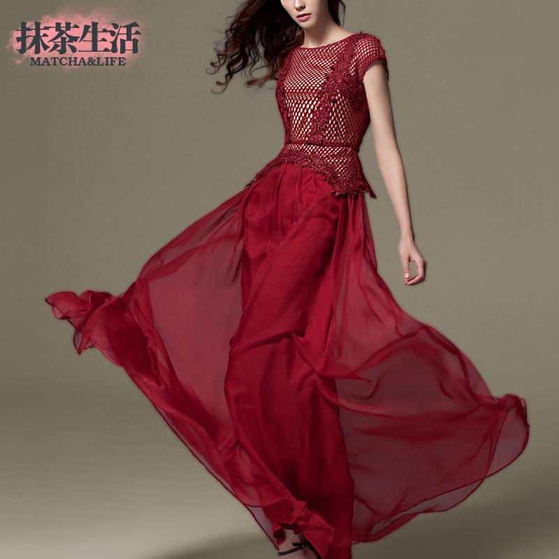 大码绣花大摆蕾丝时尚气质修身短袖连衣裙