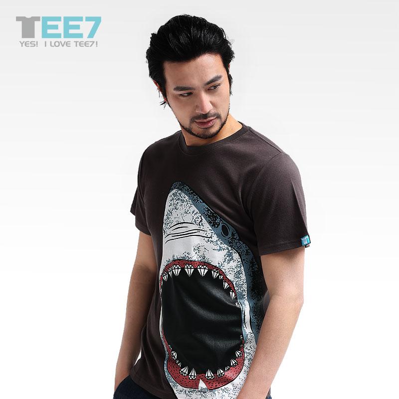 男士潮款鲨鱼t恤