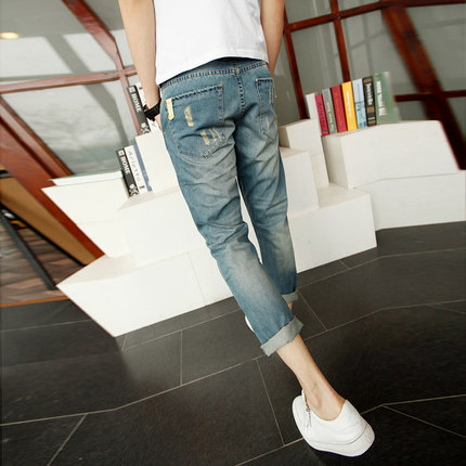 Shallow white ink early 2014 the new trend of men washed denim pantyhose hole Korean Slim denim pants 9